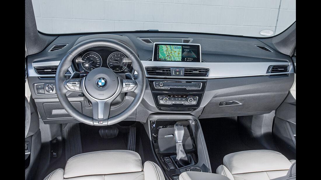 BMW X1 xDrive 25i, Cockpit