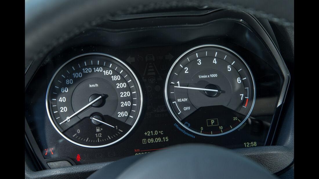 BMW X1 xDrive 25i, Rundinstrumente