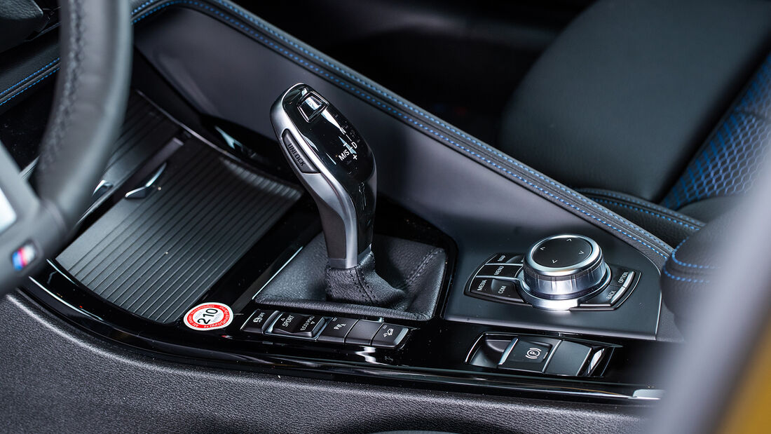 BMW X2 20d xDrive, Interieur