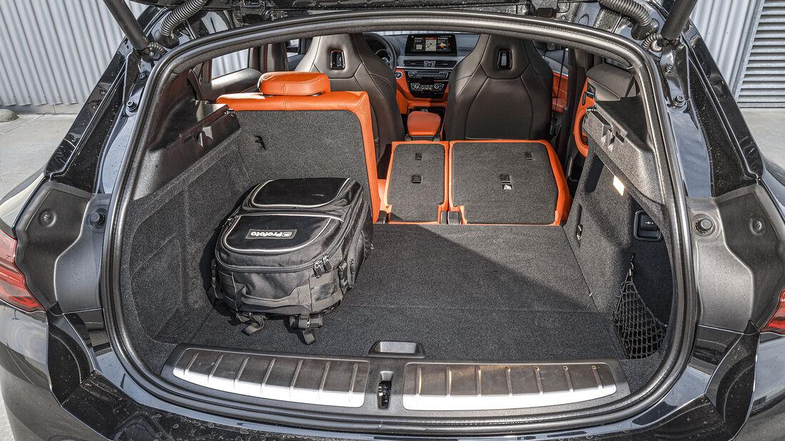 BMW X2 M35i, Interieur