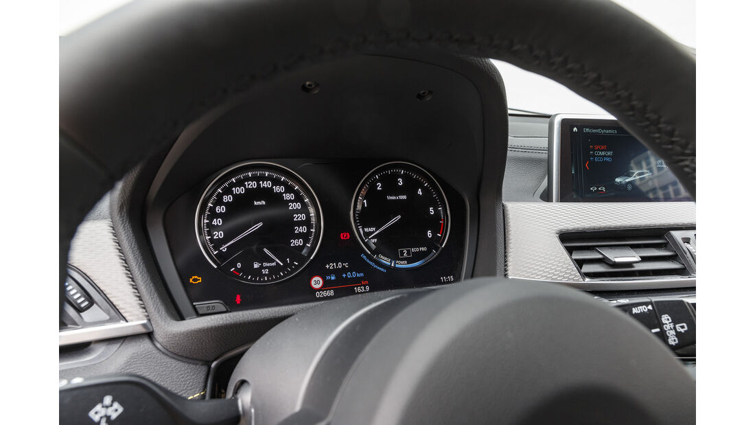 BMW X2 xDrive 18d, Interieur