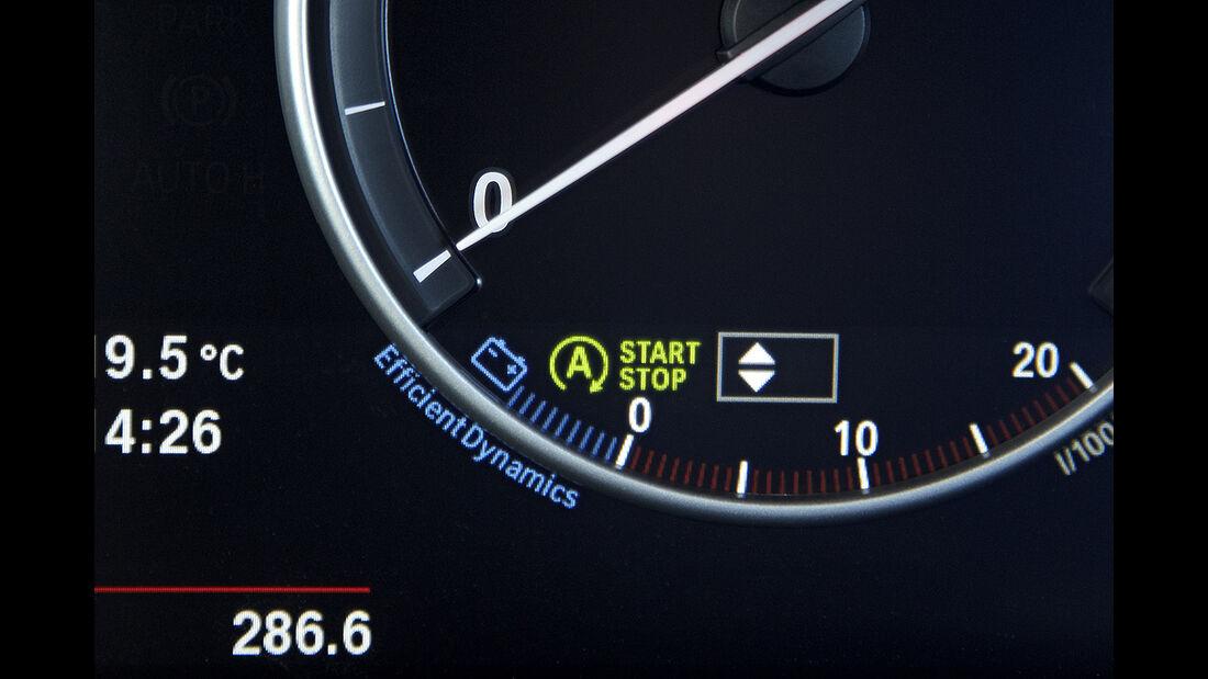 BMW X3 2010, Facelift, SUV, Cockpit, Start-Stopp, Tacho, Efficient Dynamics