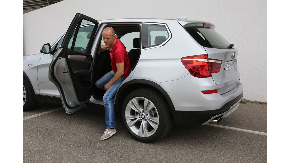 BMW X3 20d xDrive, Fond aussteigen