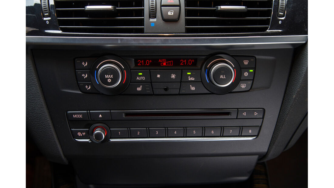 BMW X3 35d x-Drive, Infotainment, Mittelkonsole