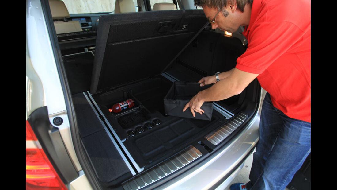 BMW X3, Kofferraum, Staufach