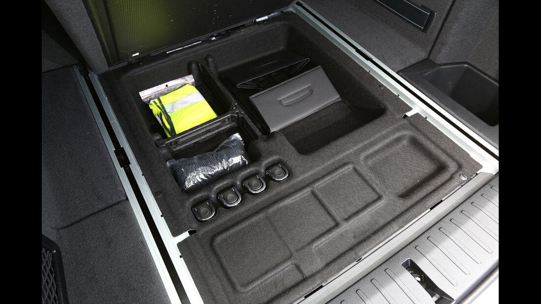 BMW X3 s-Drive 18d, Ablagefächer