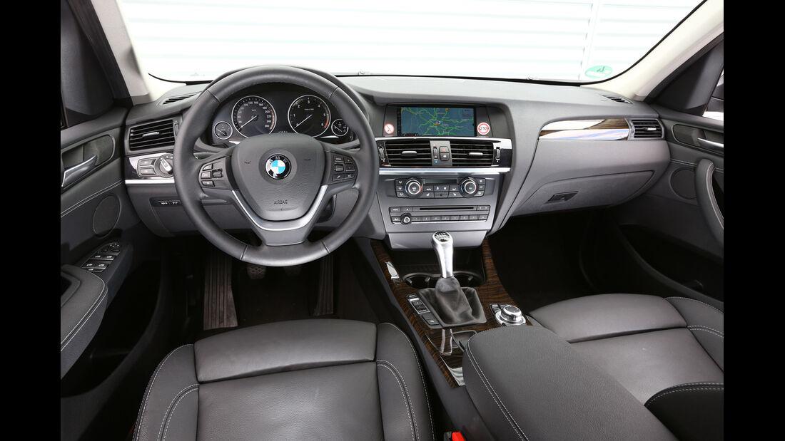 BMW X3 s-Drive 18d, Lenkrad, Cockpit