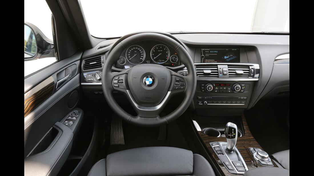 BMW X3 x-Drive 28i, Cockpit, Lenkrad