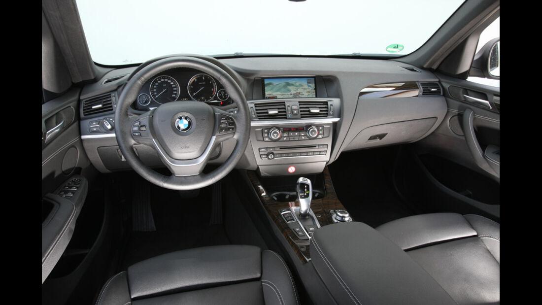 BMW X3 x-Drive 30d, Cockpit, Lenkrad