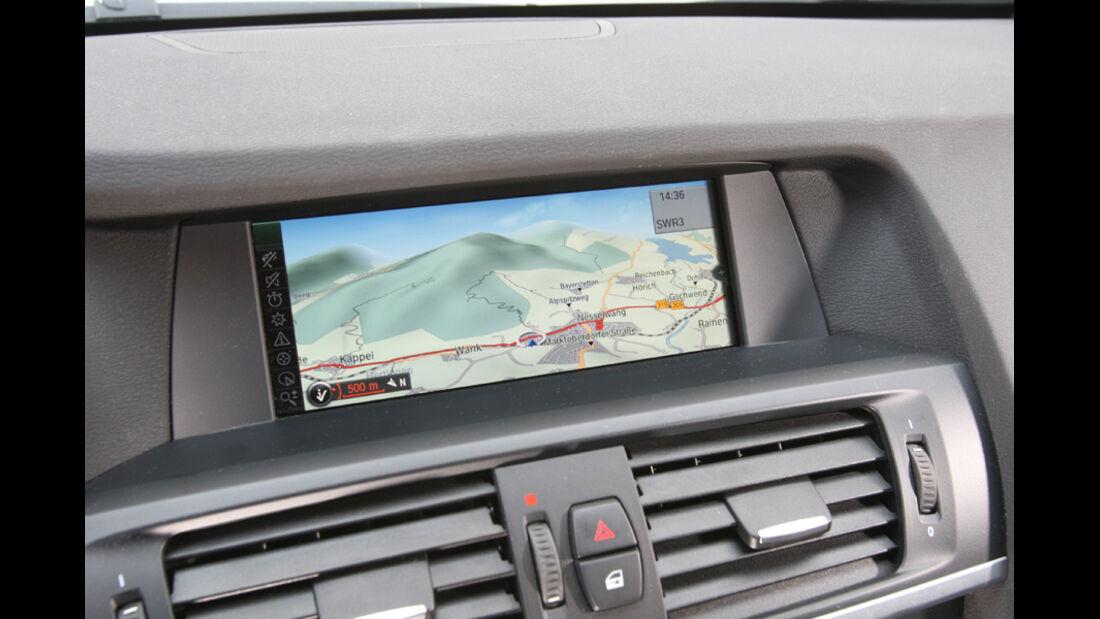 BMW X3 x-Drive 30d, Navigationsgerät, Bildschirm, Detail