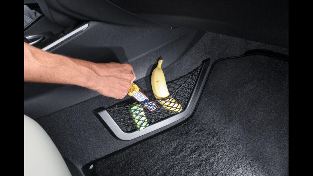 BMW X3 x-Drive 30d, Netz, Ablagemöglichkeit