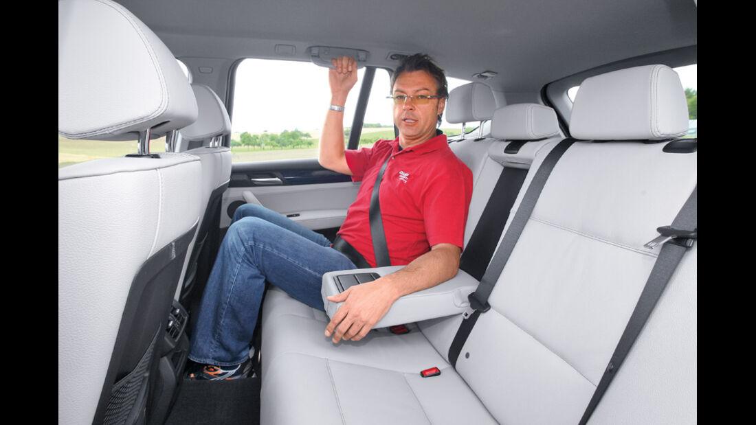 BMW X3 x-Drive 30d, Rücksitze, Armlehne