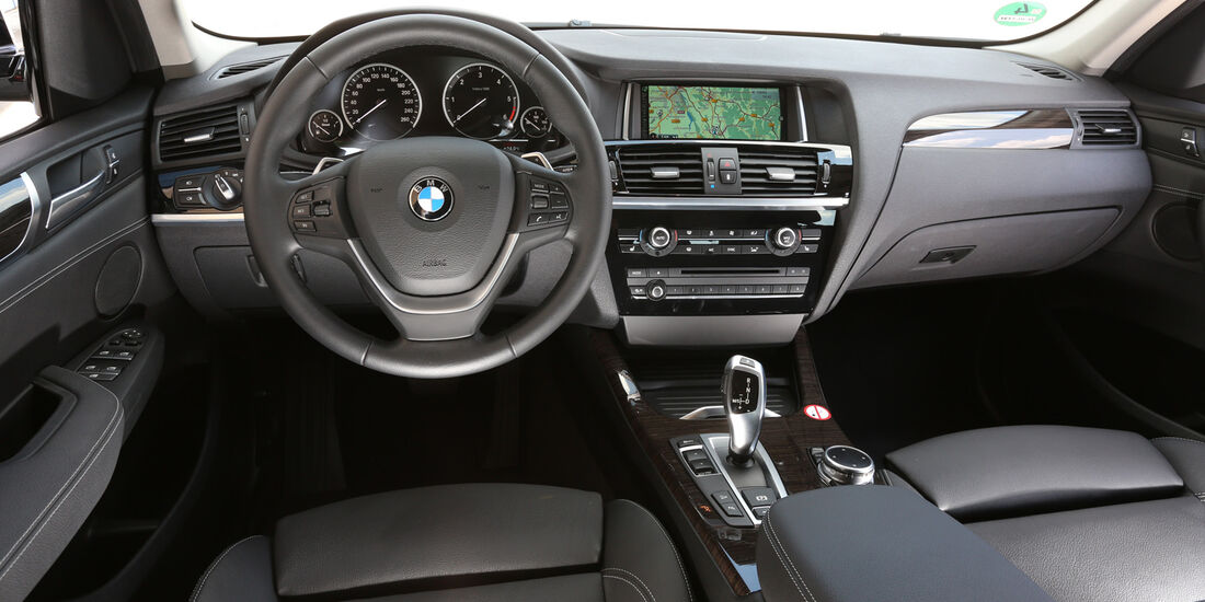 BMW X3 xDRIVE 20d, Cockpit