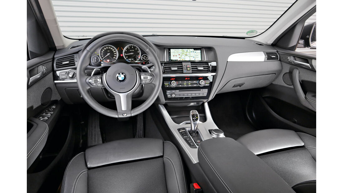 BMW X3 xDrive 28i, Cockpit