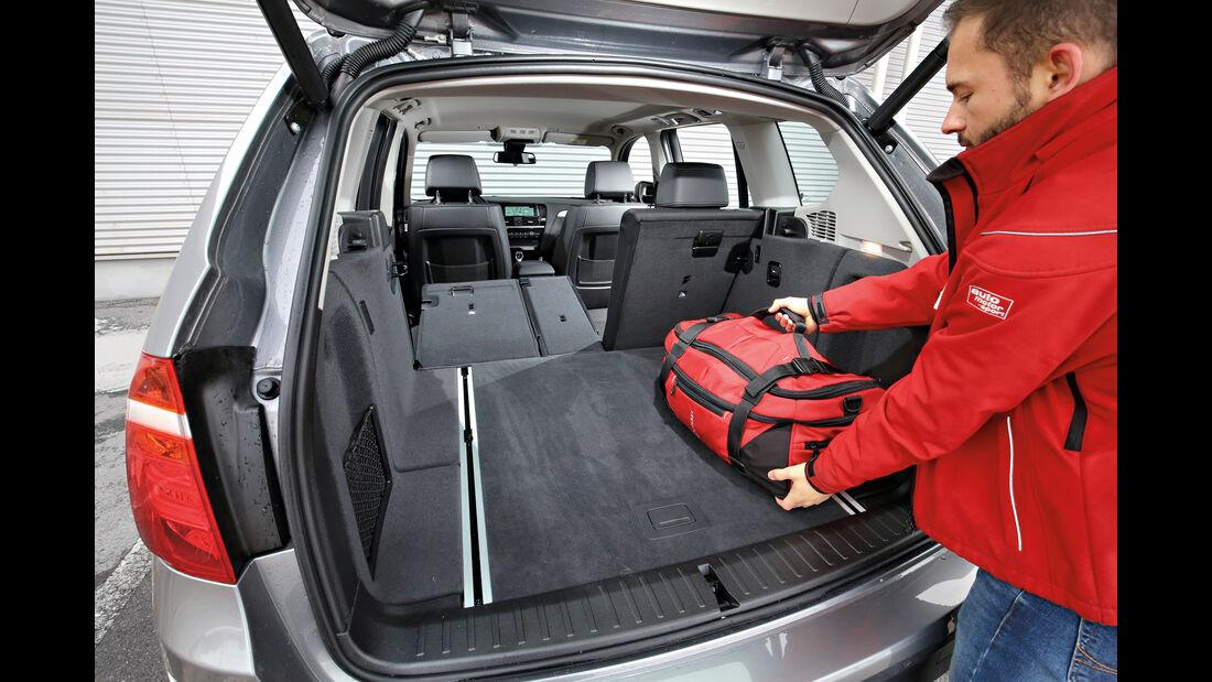BMW X3 xDrive 28i, Laderaum