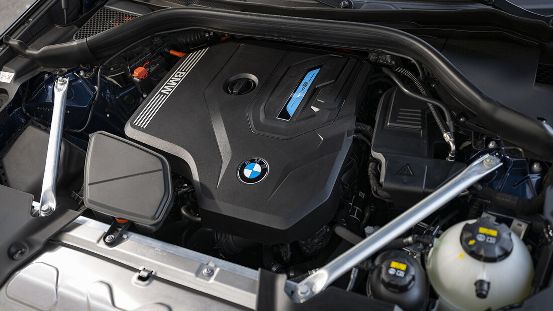 BMW X3 xDrive 30e, Motor