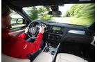 BMW X4 xDrive 35i, Cockpit, Fahrersicht