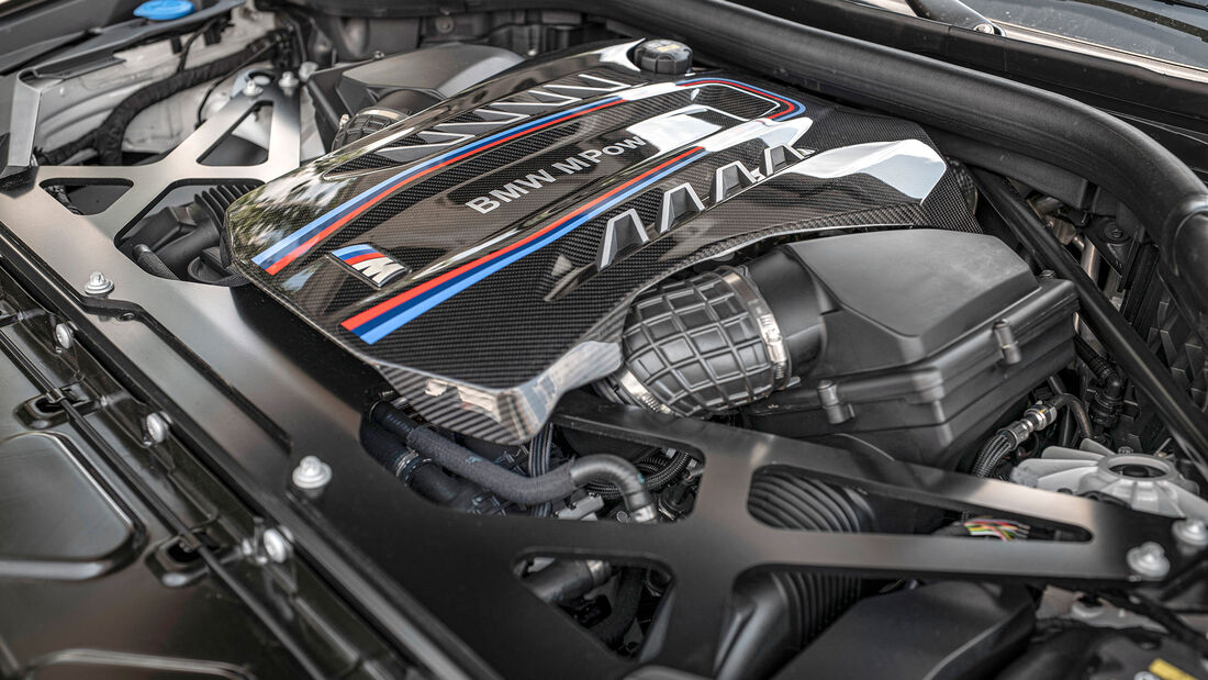 BMW X5 M Competition, Motor