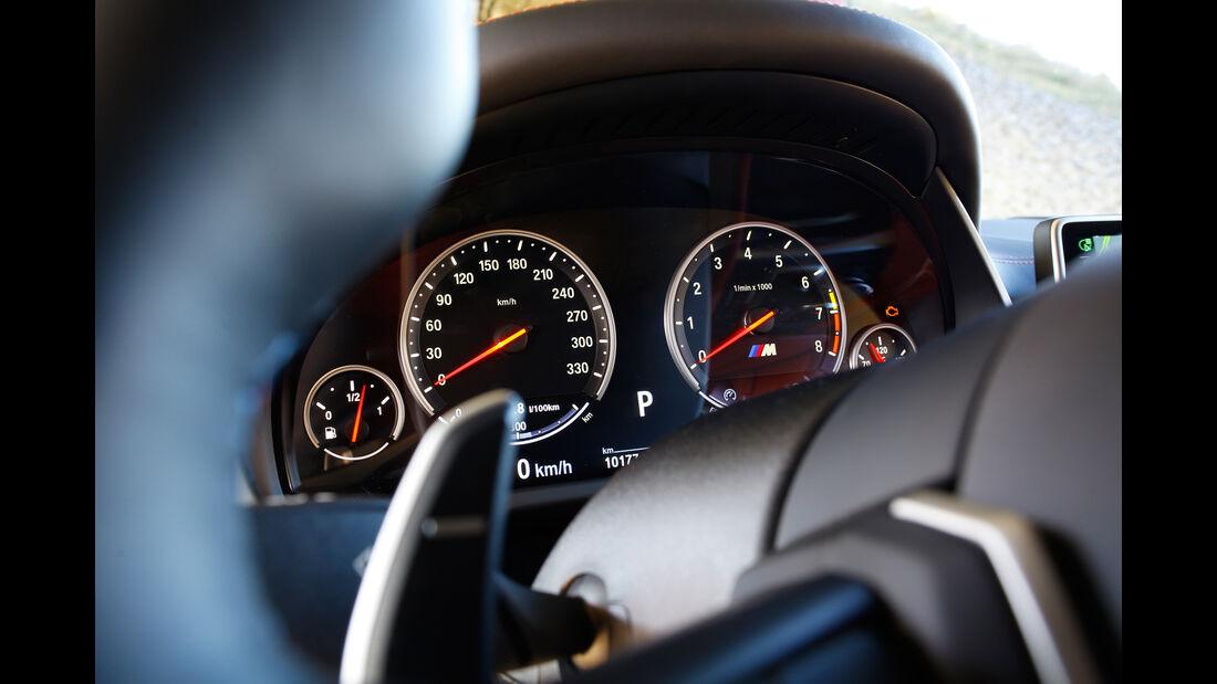 BMW X5 M, Rundinstrumente