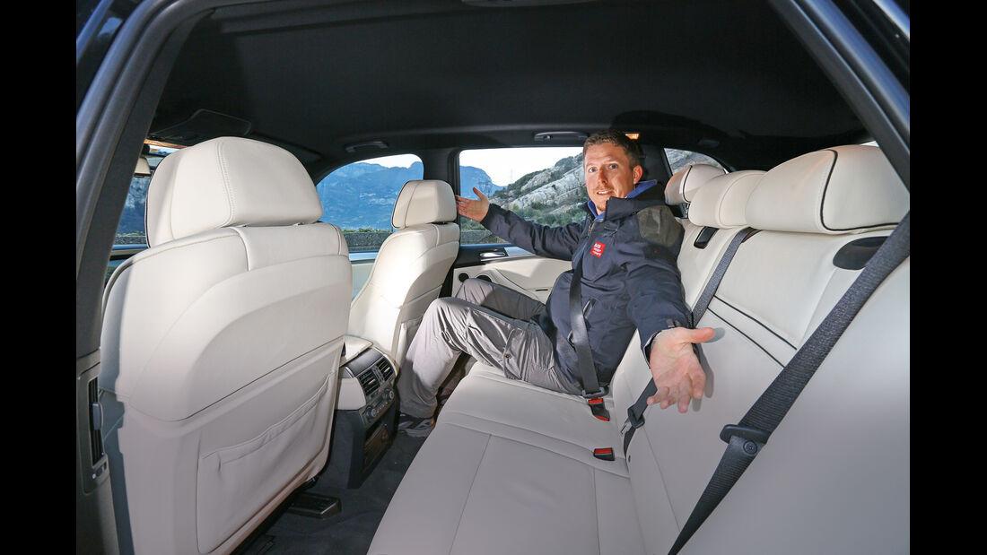 BMW X5 M50d, Rücksitz, Beinfreiheit