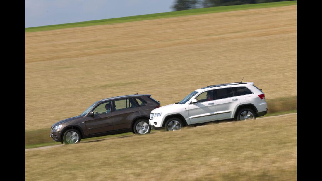 BMW X5 x-Drive 3.0d, Jeep Grand Cherokee 3.0 CRD Overland, Seitenansicht