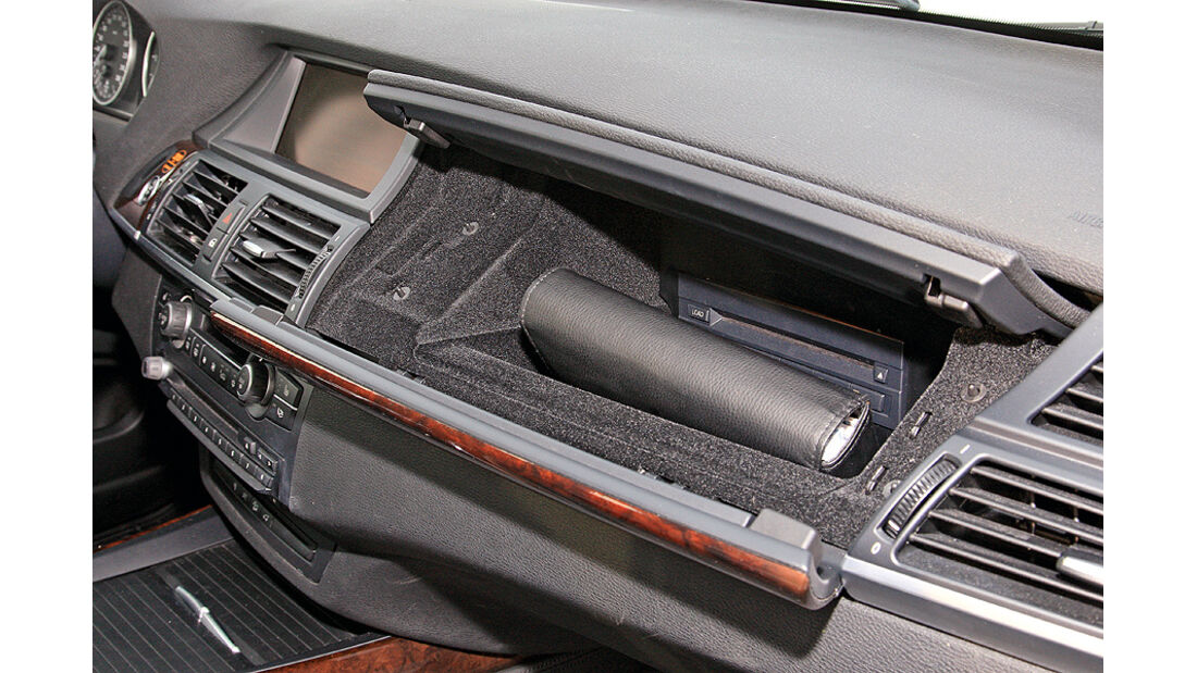 BMW X5, x-Drive 35d, Handschuhfach