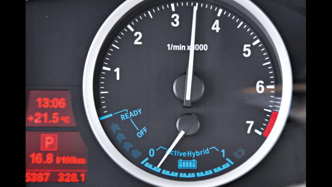BMW X6 Active Hybrid, Batterieanzeige