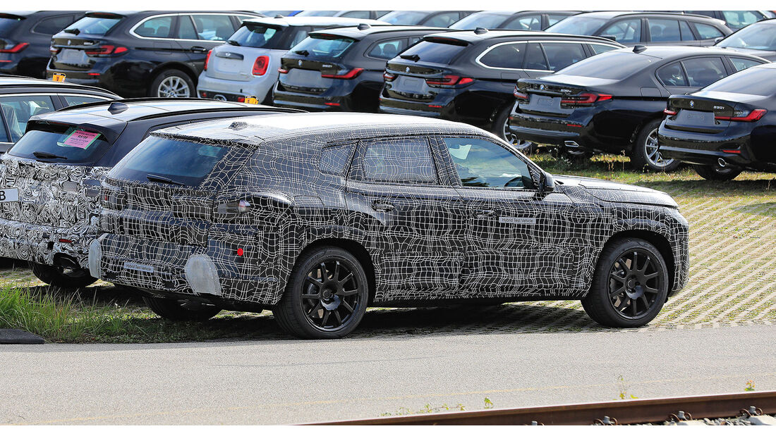 BMW X8 Erlkönig