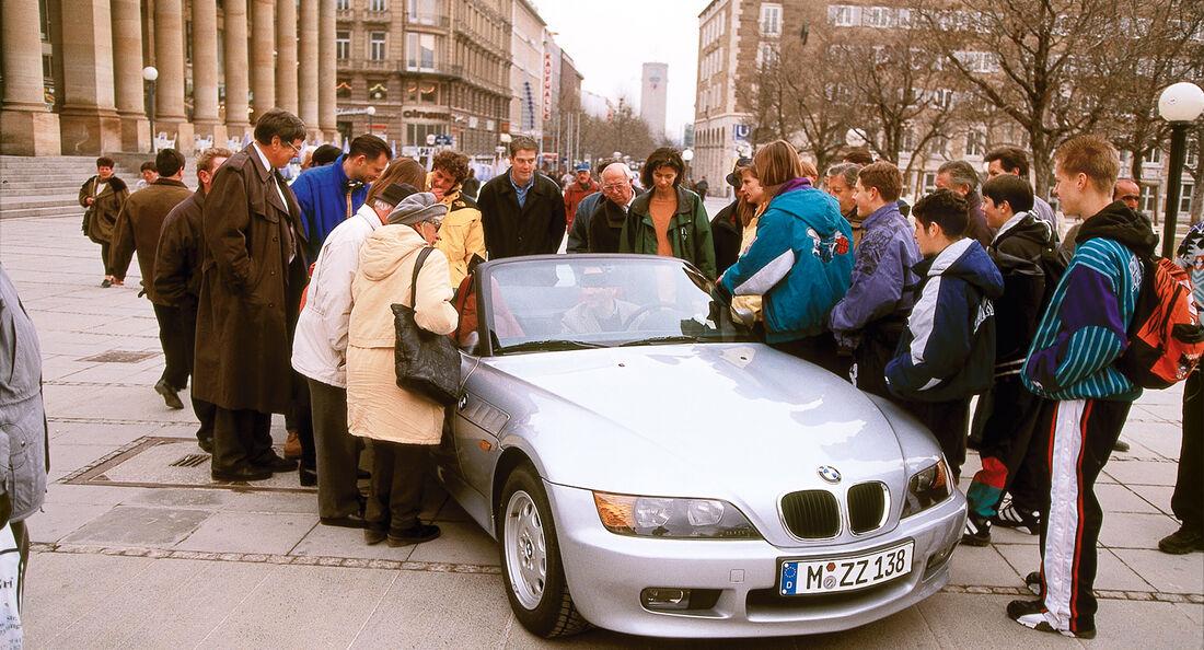 BMW Z3, Frontansicht, Passanten