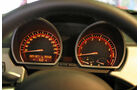 BMW Z4 3.0i, Rundinstrument