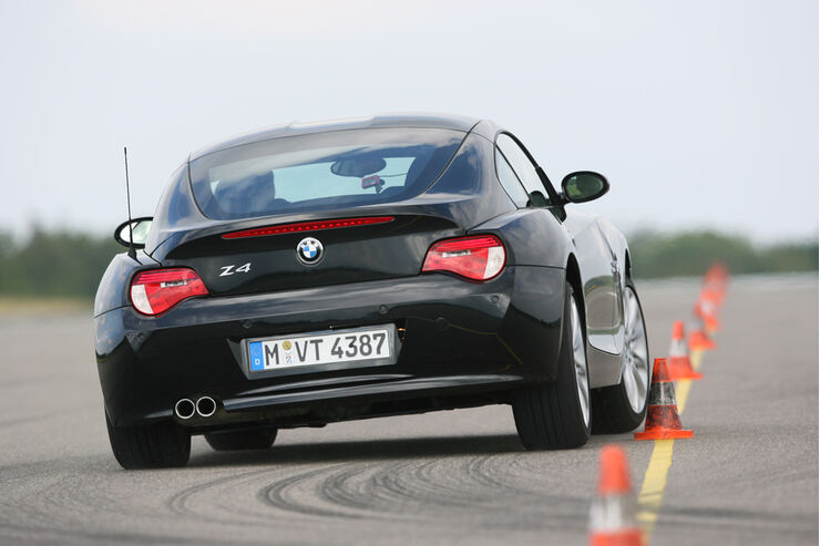 BMW Z4 3.0si Coupé 01