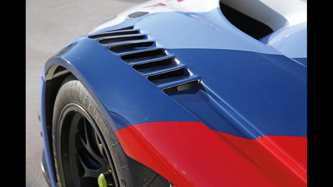BMW Z4 GT3, Kotflügel