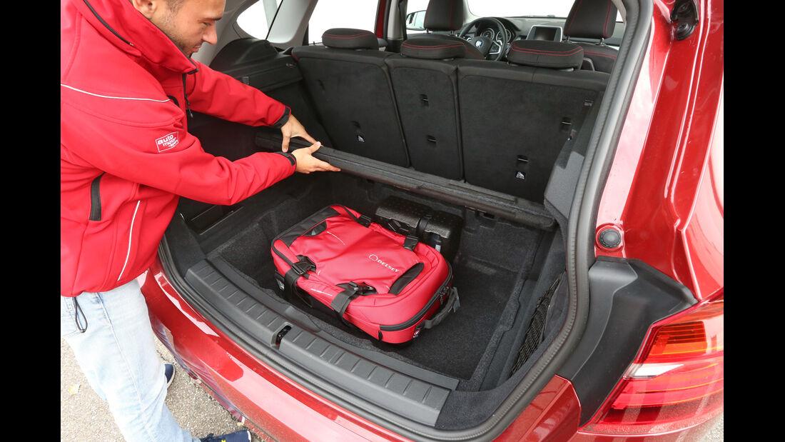 BMW Zweier Active Tourer, Kofferraumboden
