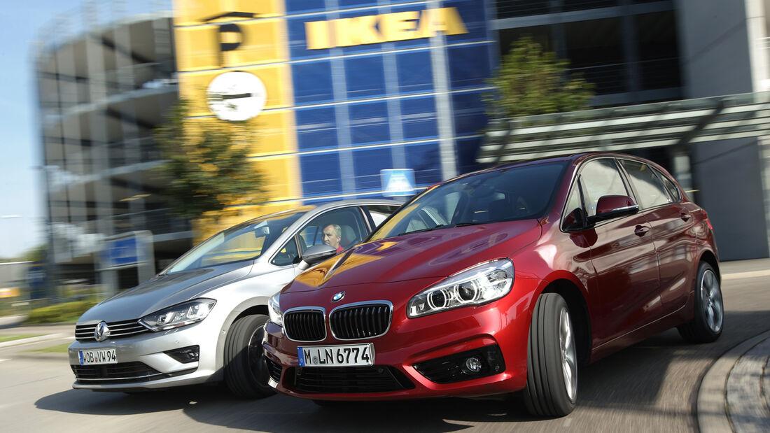 BMW Zweier Active Tourer, VW Golf Sportsvan 2.0 TDI, Frontansicht