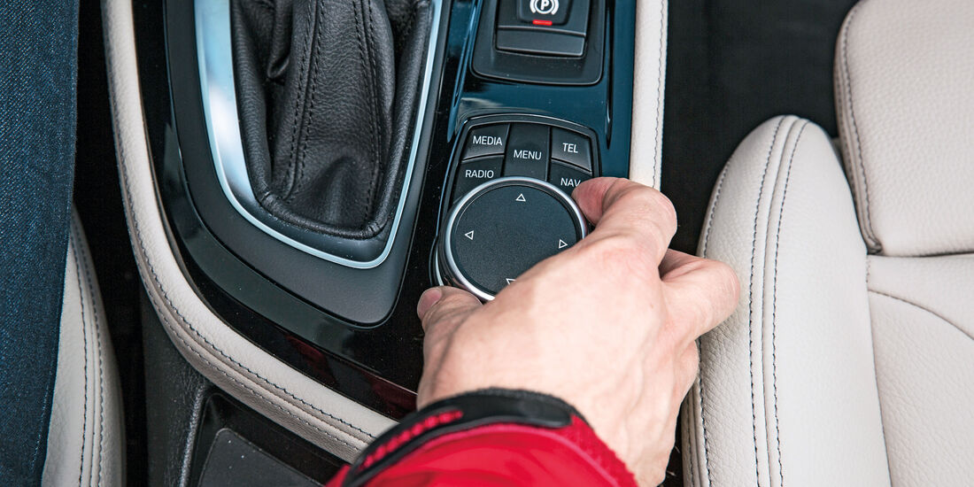 BMW Zweier Gran Tourer, Controller