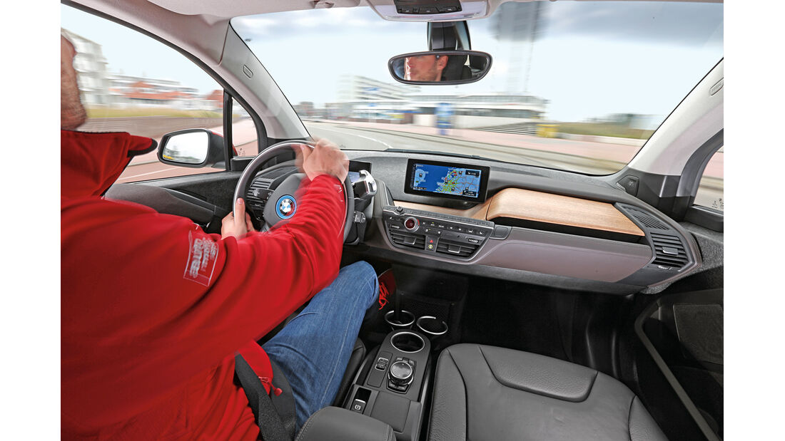 BMW i3, Cockpit, Fahjrersicht