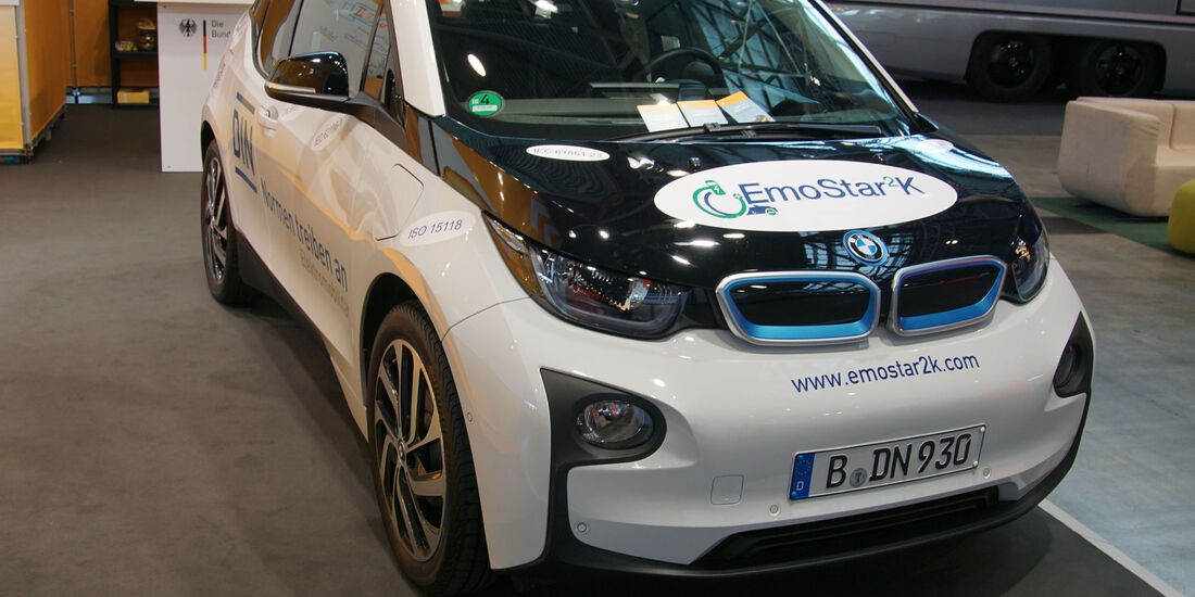 BMW i3 - Electric Vehicle Symposium 2017 - Stuttgart - Messe - EVS30