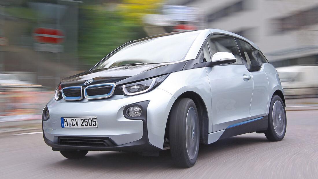 BMW i3, Frontansicht, Kurvenfahrt
