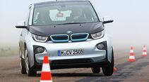 BMW i3, Frontansicht, Slalom