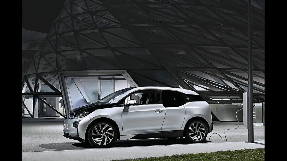 BMW i3, Ladestation Straßenlaterne, Chargenow
