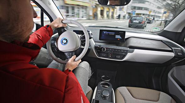 BMW i3s, Interieur