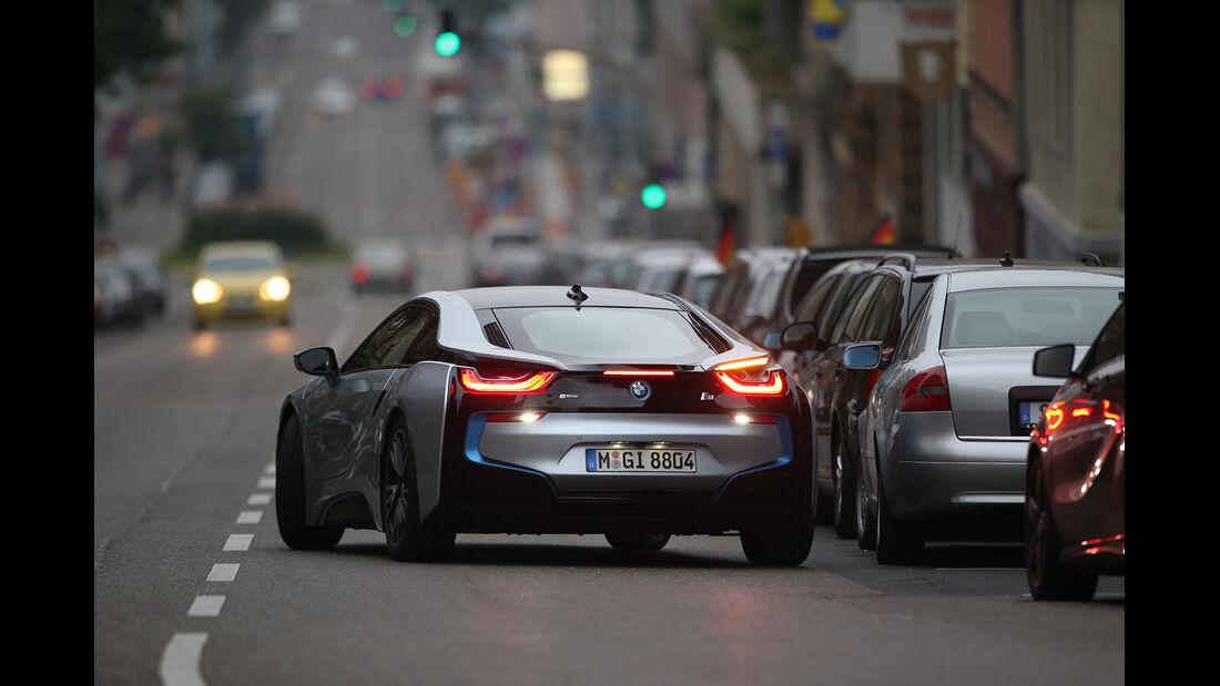 BMW i8, Einparken