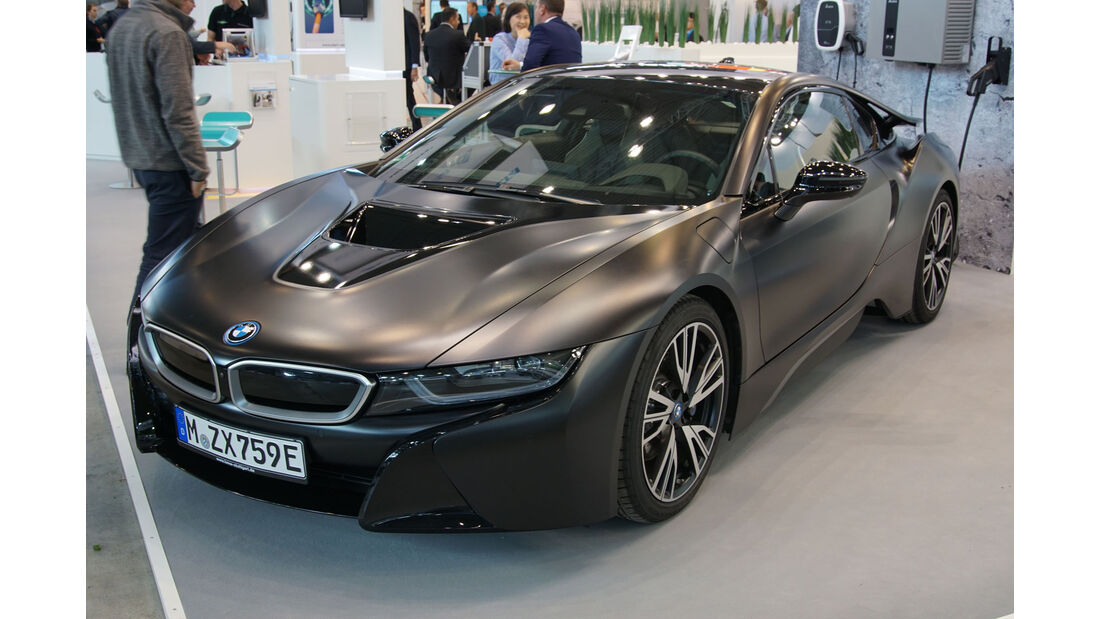 BMW i8 - Electric Vehicle Symposium 2017 - Stuttgart - Messe - EVS30