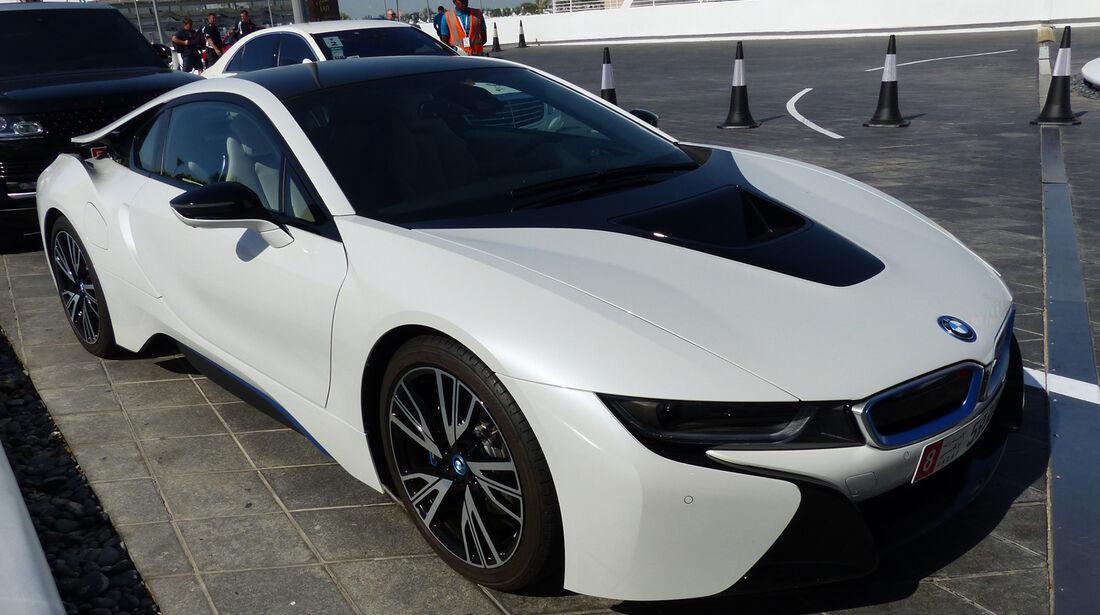 BMW i8 - F1 Abu Dhabi 2014 - Carspotting