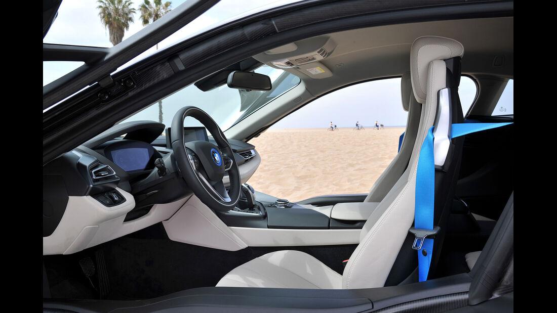 BMW i8, Fahrersitz