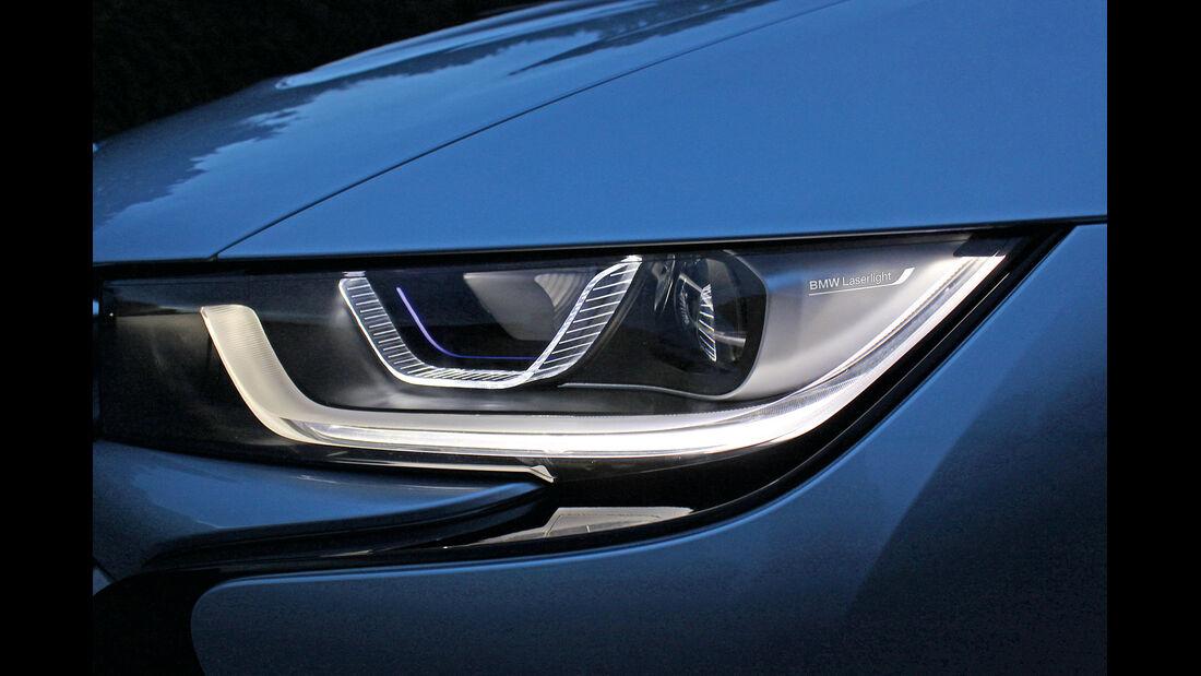 BMW i8, Frontscheinwerfer