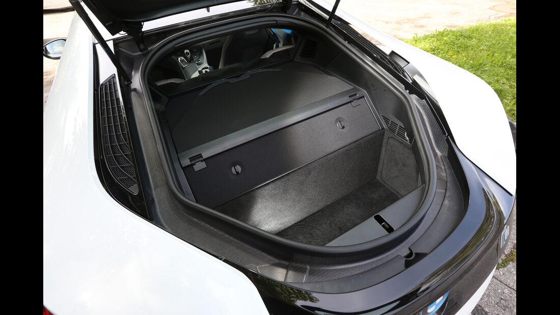BMW i8, Kofferraum