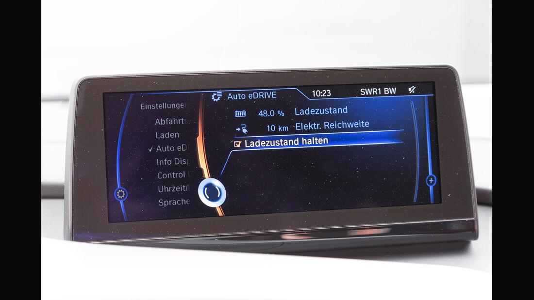 BMW i8, Reichweite, Display