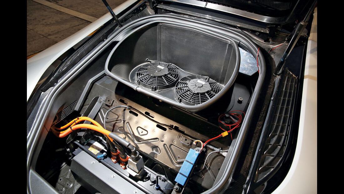 BMW i8 Safety Car, Antrieb