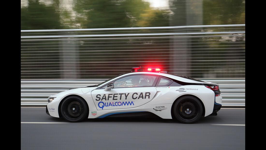BMW i8 Safety Car, Seitenansicht